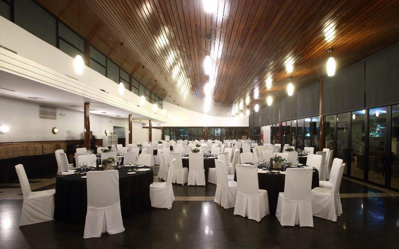 Salón de banquetes Maestral